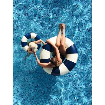 Retro float blue
