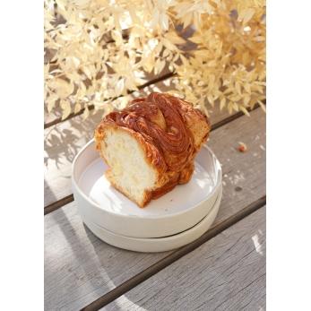 White ceramic round serving plate