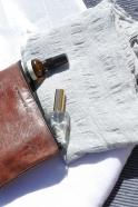 pochette avec fond en cuir marron – VDC pour la Liane