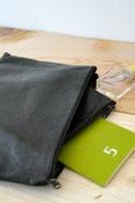 pochette avec fond en cuir noir – VDC pour la Liane